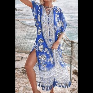 Cupshe BLUE AND WHITE FLORAL PRINT COVER UP